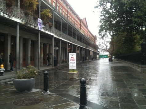 never see the Square this empty at mid day, but to the left, Stanley's is serving gumbo and more still...